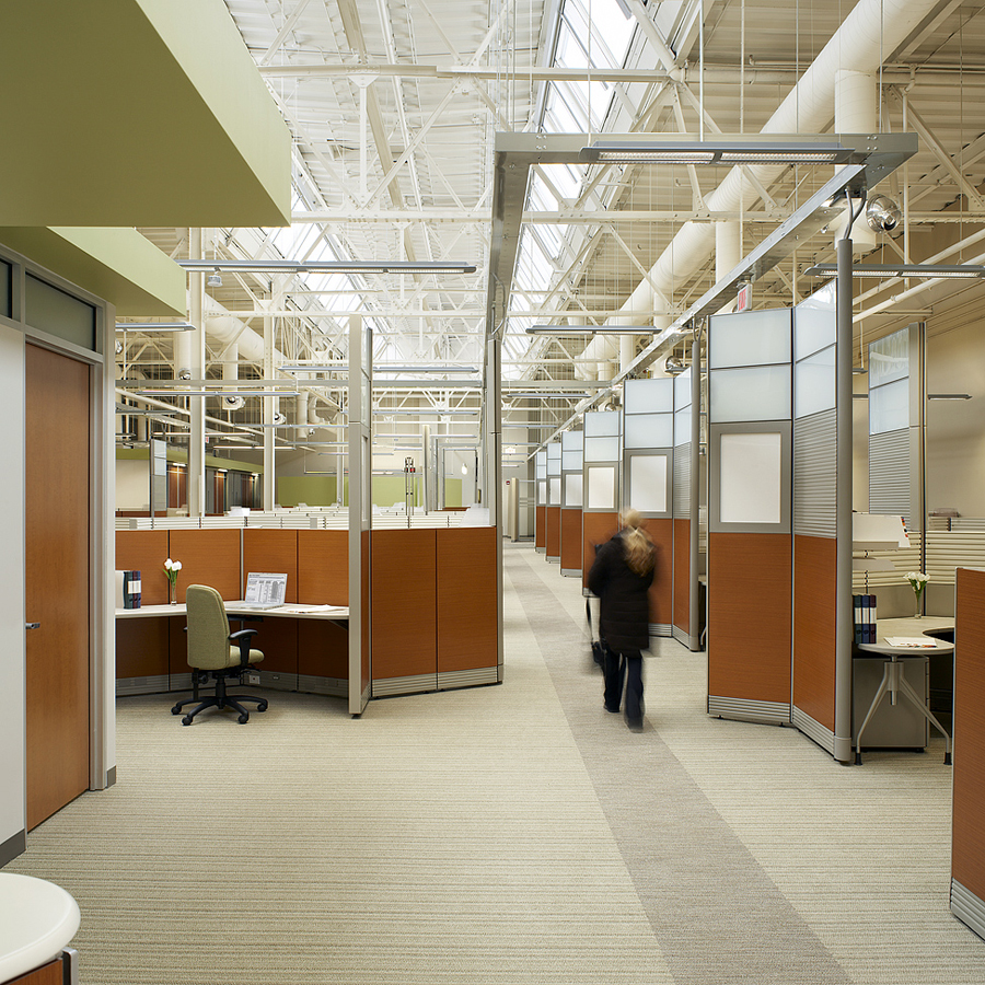 © Parkin Architects Ltd. | Hamilton Health Sciences, Information Communication Technology