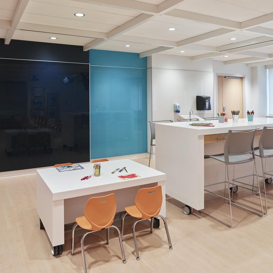 © Parkin Architects Ltd. | SickKids, Marnie's Studio
